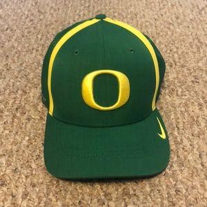 Oregon Ducks NEVER BEEN WORN dri-fit cap